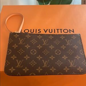 Authentic Louis Vuitton Neverfull MM pouch